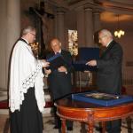 Wręczenie medalu Zasłużony dla tolerancji