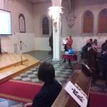 Pani Dyr. T.B. Małgorzata Platajs prezentuje slajdy o Kubie